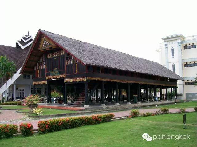 Rumah_tradisional_Aceh