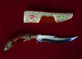 traditional bali weapon